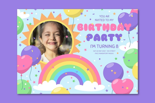 Platte regenboog verjaardag uitnodiging sjabloon met foto