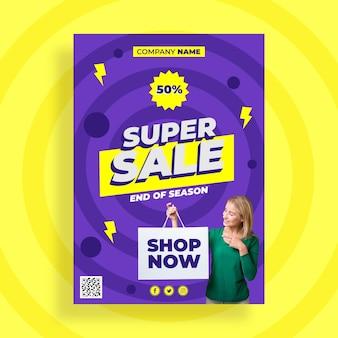 Platte verkoop poster sjabloon met aanbieding