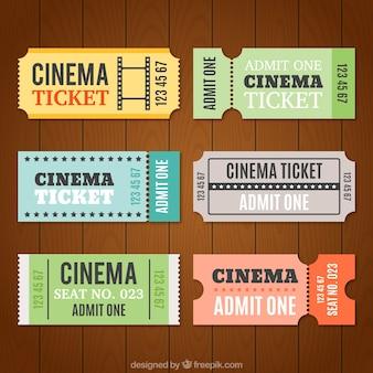 Platte verpakking van zes bioscoopkaartjes