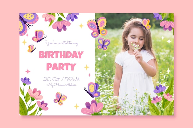 Platte vlinder verjaardag uitnodiging sjabloon met foto