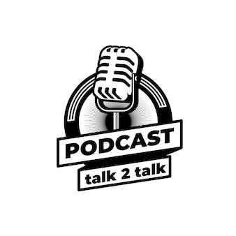 Podcast station zanger karaoke met retro microfoon. ontwerpelement voor logo, label, embleem, teken.