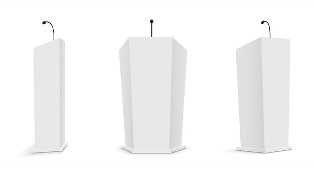Podiumtribune met microfoons, tribunes.