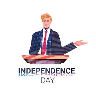 Politicus die toespraak houdt vanaf de tribune met de vlag van de vs, 4 juli amerikaanse onafhankelijkheidsdag vieringskaart