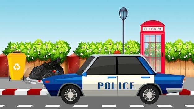 Politiewagen op de weg