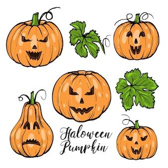 Pompoenen met gezichten voor halloween met groene bladeren en typografie, hand getrokken schets
