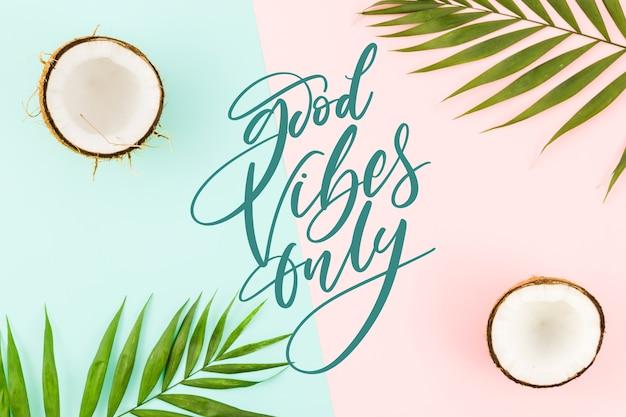 Positieve letters met foto van kokosnoten