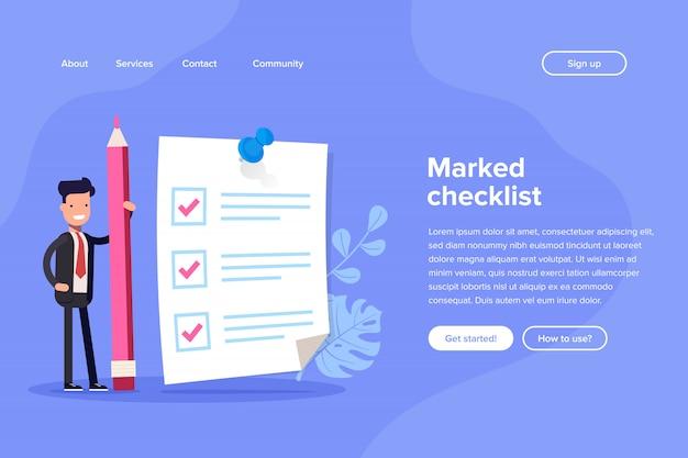 Positieve zakenman met een gigantische potlood in de buurt gemarkeerde checklist op papier