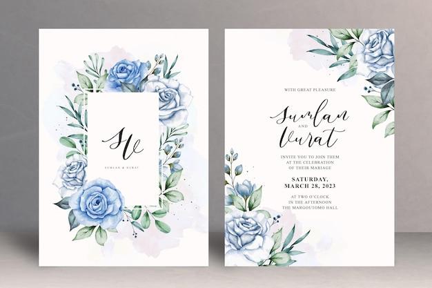 Prachtige bruiloft uitnodigingskaart met blauwe en witte roos aquarel