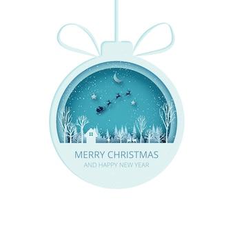 Prettige kerstdagen en gelukkig nieuwjaar papier gesneden kerstbal op winterseizoen landschap met de kerstman in slee papier art