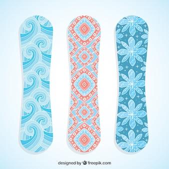 Pretty snowboards met abstract ontwerp