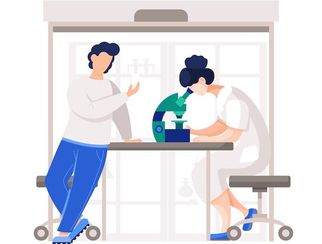 Professionele chemici in hun laboratorium doen verschillende experimenten op tafel. vrouwelijke medische werker in laboratorium met microscoop. chemisch wetenschappelijk onderwijs in laboratorium, onderzoek en experiment