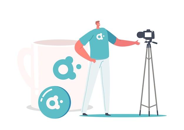 Promotor mannelijk personage presenteert merkadvertentiecampagne op videocamera, tiny man staat op enorme beker met bedrijfslogolabel. promotionele producten concept. cartoon mensen vectorillustratie