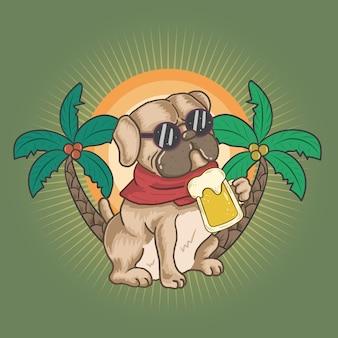 Pug en bier op de zomer
