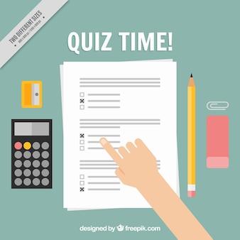 Quiz achtergrond met rekenmachine en potlood