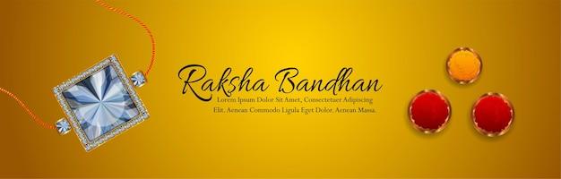 Raksha bandhan festival van india met decoratieve rakhi op gele achtergrond