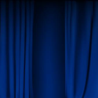 Realistisch kleurrijk gevouwen blauw fluwelen gordijn. optiegordijn thuis in de bioscoop