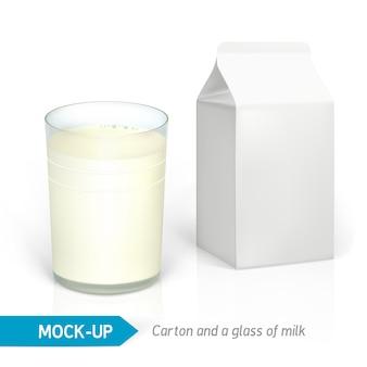 Realistisch melkglas en wit kartonnen pakket voor zuivelproducten, sap of melk.