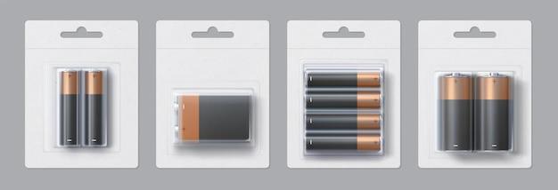 Realistisch mockupontwerp voor alkalinebatterijen. zwart en goud metalen elektrische batterijen in transparante verpakkingen vector sjabloon set. accumulatoren in blisterverpakking voor branding