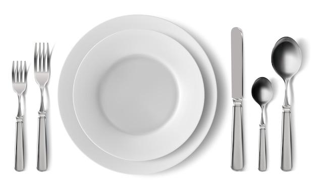 Realistisch tafelbestek serveren