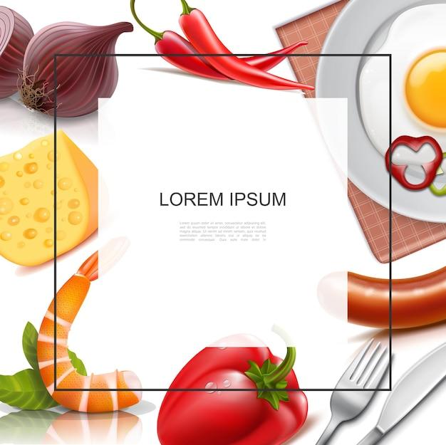 Realistisch voedsel kleurrijke sjabloon met frame voor tekst ui chili en rode paprika worst kaas omelet op plaat vork mes