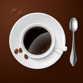 Realistisch wit met zwarte koffie