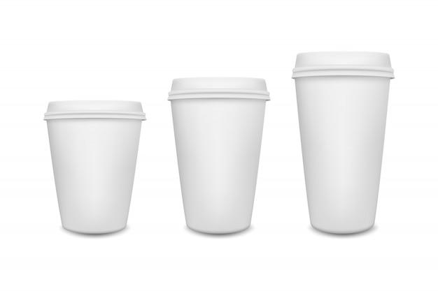 Realistische blanco papier koffiekopje set geïsoleerd op wit