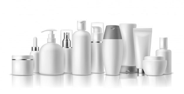 Realistische cosmetische modellen. cosmetica-flessen voor huidverzorging, container en pot. spa schoonheidsproduct. pakket met spray, lotion en crème