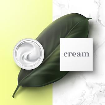 Realistische illustratie van halfopen cosmetische pot met hygiënische crème