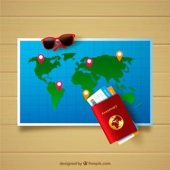 Realistische kaart met reiselementen