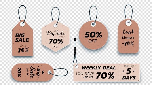 Realistische kartonnen hangende verkooplabels. set geïsoleerde papier verkoop etiketten.