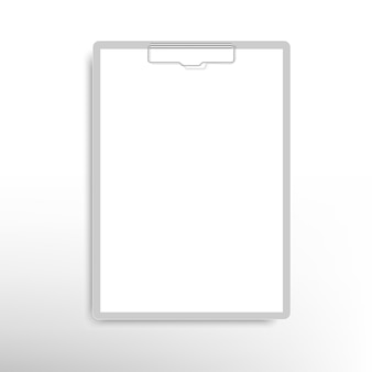 Realistische klembordmap met blanco vel papier
