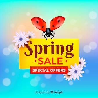 Realistische lieveheersbeestje lente verkoop achtergrond