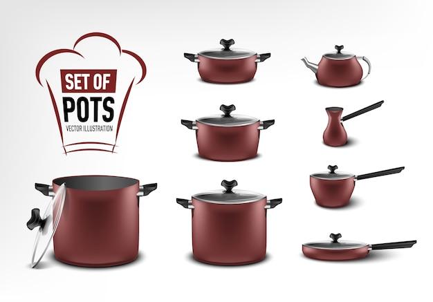 Realistische set van rode keukenapparatuur, potten van verschillende groottes, koffiezetapparaat, turk, stoofpot, koekenpan, waterkoker