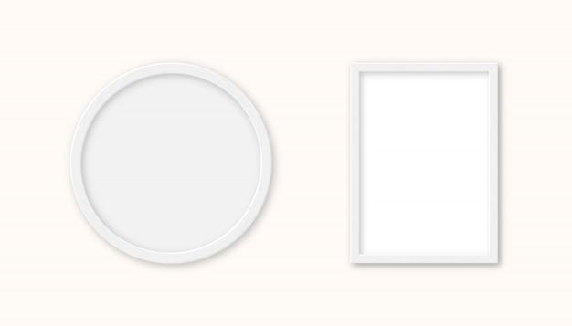 Realistische set witte houten afbeeldingsframe geïsoleerd