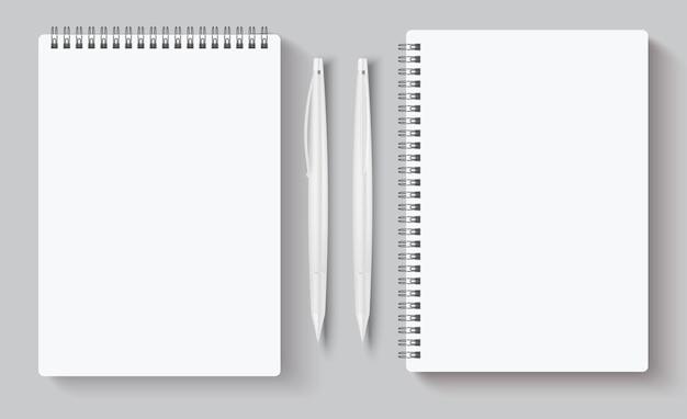 Realistische spiraalvormige notitieboekjes