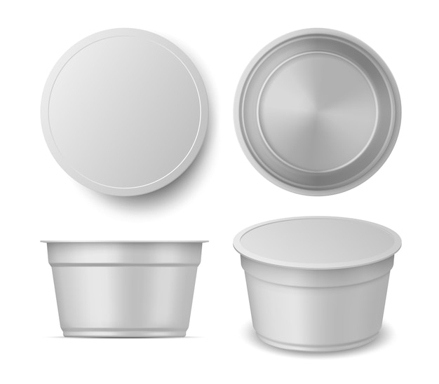 Realistische weergaven van mockups voor yoghurt of ijscontainers. blanco plastic zuivelverpakking boven, voorkant en perspectief. yoghurtpakket vector set