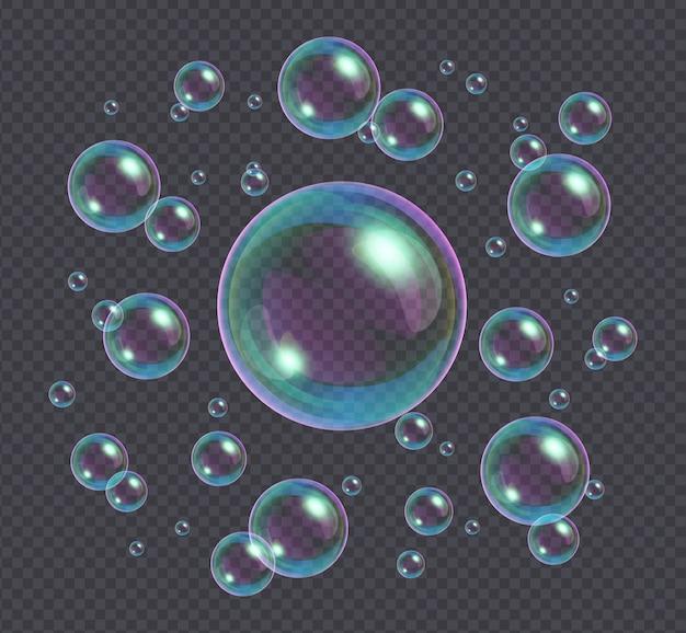 Realistische zeepbellen met regenboog reflectie geïsoleerd op transparant