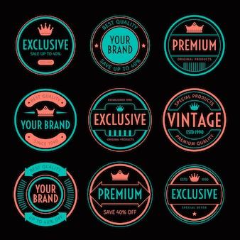 Reeks retro uitstekende badge en etiket