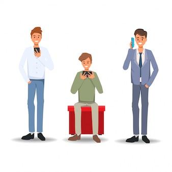 Reeks van zakenman die smartphone gebruiken aan mededeling. social media netwerk concept. mensen trend met gadget.
