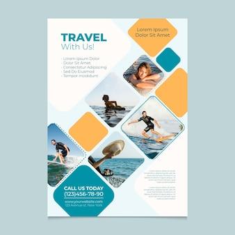 Reis met ons postersjabloon Premium Vector