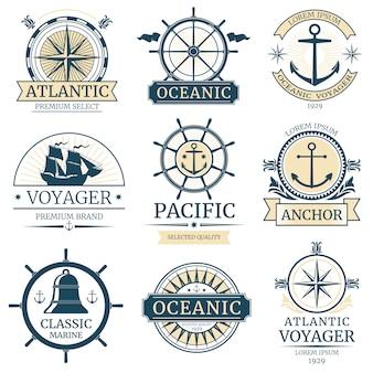 Retro nautische vectoretiketten, kentekens, emblemen en emblemen