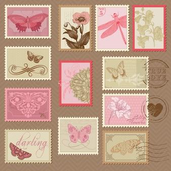 Retro postzegels met vlinders en bloemen