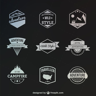 Retro-stijl outdoor en adventure badges
