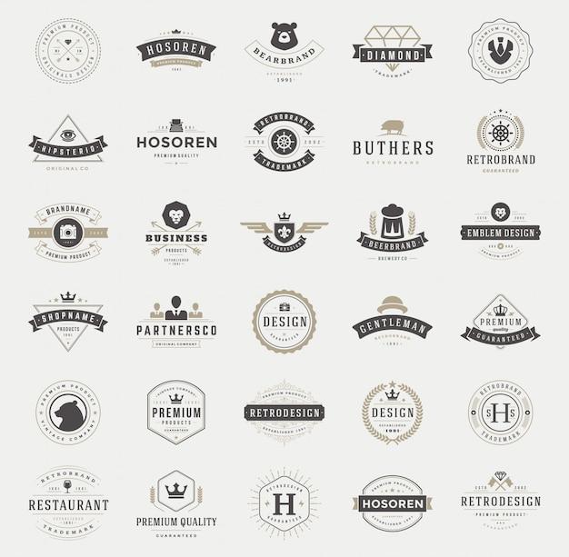 Retro vintage logo's en badges typografisch ingesteld