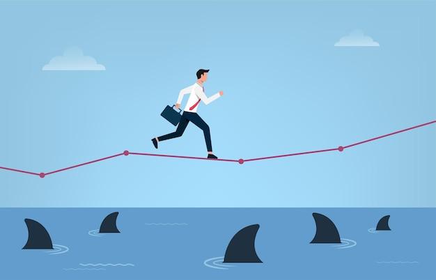 Risico bedrijfsconcept. zakenman loopt op grafiek over water met drijvende haaien symbool.
