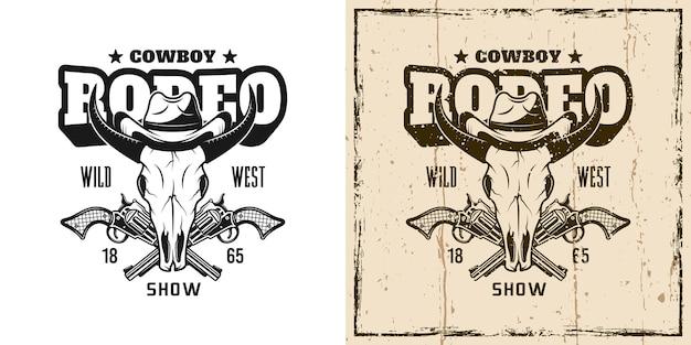 Rodeo toon vector embleem, badge, label, logo of t-shirt print met stier schedel in cowboyhoed in twee stijlen zwart-wit en vintage gekleurd