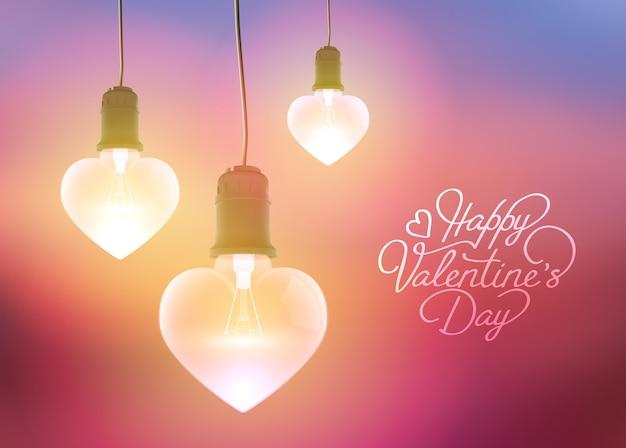 Romantische groet met inscriptie en realistische hangende gloeiende gloeilampen in hartvormen