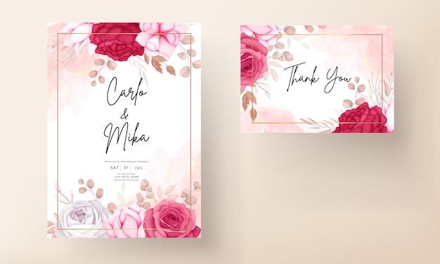 Romantische handgetekende kastanjebruine bloemen bruiloft uitnodigingskaart