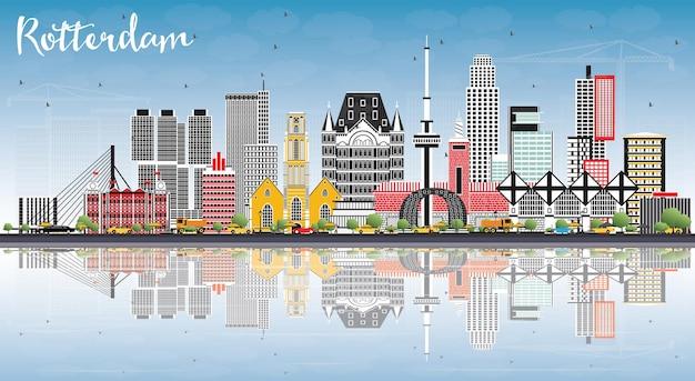 Rotterdam nederland skyline met grijze gebouwen, blauwe lucht en reflecties. vectorillustratie. zakelijk reizen en toerisme concept met moderne architectuur.