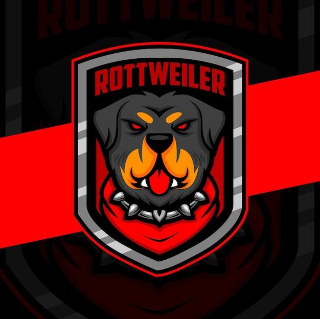 Rottweiler hond mascotte esport logo ontwerp karakter voor gaming en hondenwacht logo and